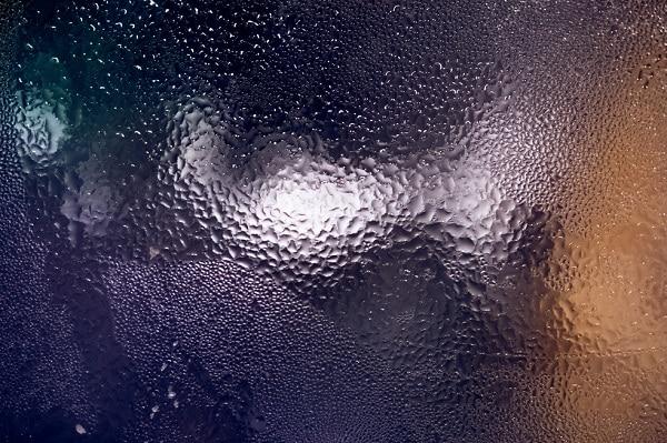 comment viter la condensation sur votre pare brise. Black Bedroom Furniture Sets. Home Design Ideas
